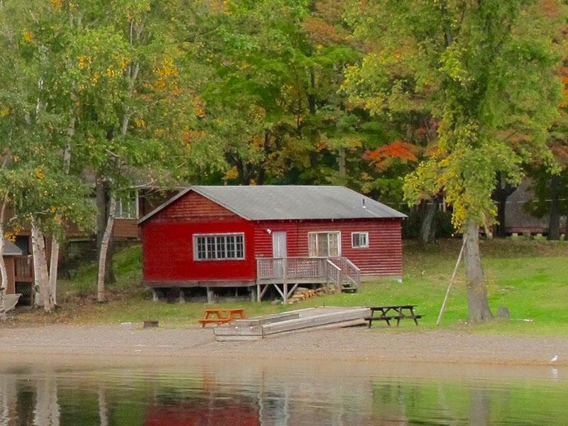 chiblow-lodge-cabin-7